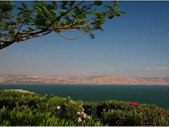 В Израиле на дне Галилейского моря обнаружено загадочное строение
