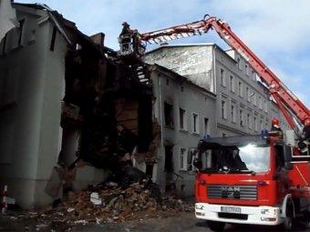 В Польше пьяный водитель полностью разрушил жилой дом, врезавшись в него