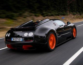 Суперкар Bugatti вернул себе титул быстрейшего в мире, разогнавшись до 408 км/ч