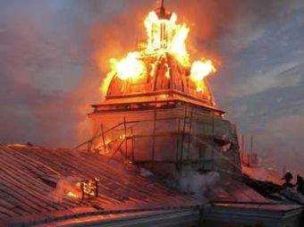 В Петербурге сгорел Технологический институт – здание может рухнуть