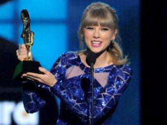 Певица Тейлор Свифт получила восемь наград Billboard