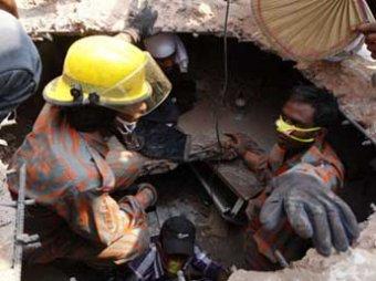 Число погибших в результате обрушения фабрики в Бангладеш достигло 540 человек