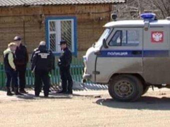 На Алтае мужчина убил свою восьмимесячную дочь и повесился сам