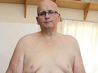 Мужчина, похудевший на 292 кг, снялся голым