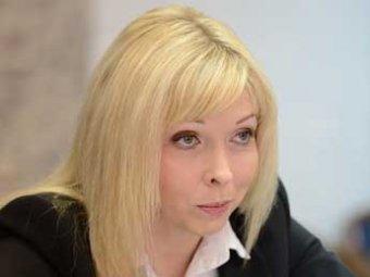 """Росреестр снял заказ на покупку BMW после публикации Навального о """"блондинке Наташе"""""""