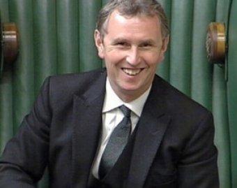Вице-спикера британского парламента арестовали за изнасиловании мужчин