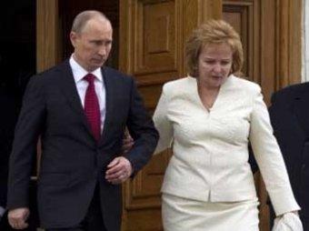 Путин успел развестись с женой до введения налога на развод