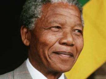 Экс-президент ЮАР Нельсон Мандела попал в больницу в критическом состоянии