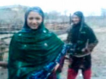 В Пакистане боевики казнили двух сестёр за танец под дождём