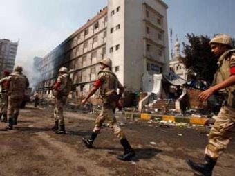 Иностранных туристов начали эвакуировать из Египта