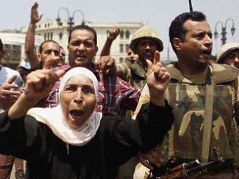 """""""Братьев-мусульман"""", которых поддерживает 40% египтян, хотят объявить вне закона"""