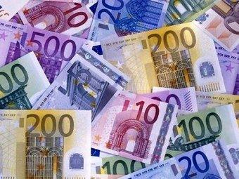 Евро впервые с 2009 года преодолел 44 рубля