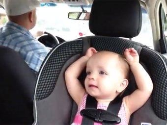 Маленькая девочка, поющая Элвиса Пресли, стала хитом Интернета