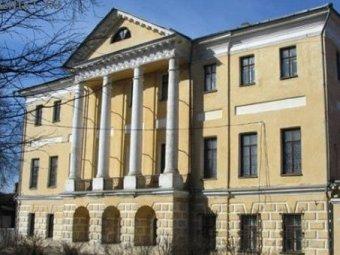 Во Владимирской области из музея украли картины Шишкина и Коровина