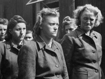 """Историк: """"фурии Гитлера"""" превзошли в зверствах мужчин-нацистов"""