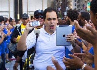 Apple установила рекорд по продаже новых iPhone