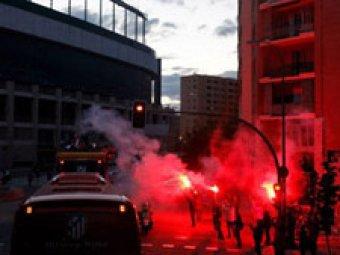 """В Мадриде хулиганы с заточками и ножами напали на болельщиков """"Зенита"""""""