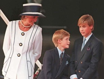 СМИ: накануне гибели принцесса Диана записала послание принцу Уильяму и его жене