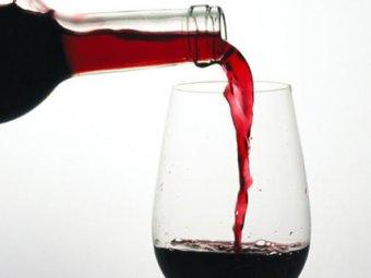 Учёные выявили связь между вином и процессами старения в организме