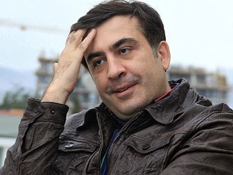 Саакашвили ночью покинул Грузию