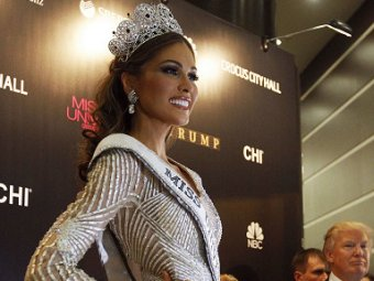 """Новая """"Мисс Вселенная"""" снялась в купальнике за  млн"""