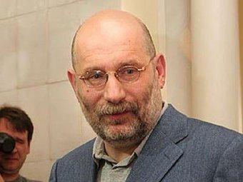 Писатель Борис Акунин отказался посетить встречу литераторов из-за Путина