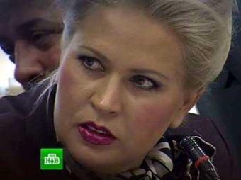СКР: общаясь с прессой, Васильева подает сигналы подельникам