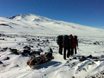 Ученые: на глубине в километр обнаружен вулкан подо льдами Антарктиды