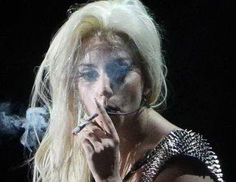 Леди Гага призналась, что выкуривала по 15 сигарет с марихуаной в день