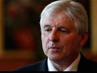 Скандал: премьер Чехии предпочел обед церемонии прощания с Манделой