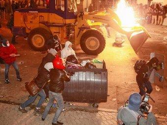 Евромайдан в Киеве перерос в погромы: 260 пострадавших
