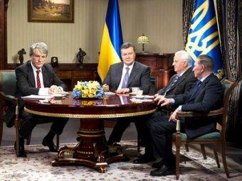 Кучма и Кравчук намекнули Януковичу от отставке премьера Азарова