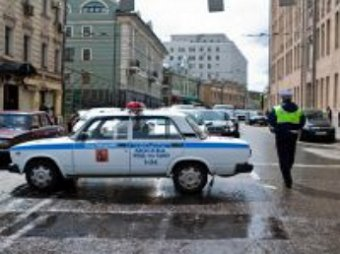 ДТП: полицейский автомобиль сбил двух пешеходов в Москве