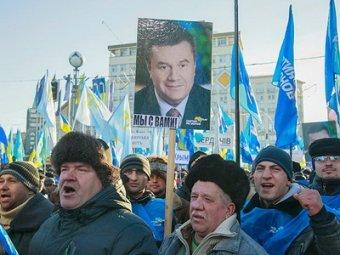На Евромайдане собрались 200 тысяч человек – противников и сторонников евроинтеграции