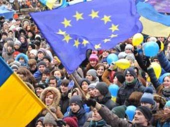 На митинг в Киев едут 200 тысяч противников Евромайдана