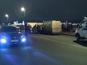 В Петербурге два инкассатора, перевозившие 200 млн рублей, застрелили друг друга
