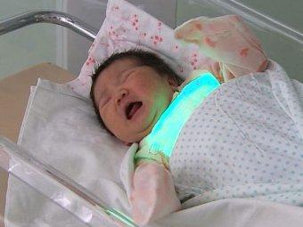 В Китае врача приговорили к смертной казни за торговлю младенцами