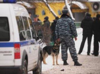 В подъезде дома в Бирюлёве нашли труп изнасилованной 17-летней девушки