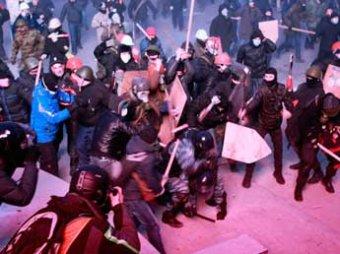 Оппозиционеры нашли под Киевом несколько баз провокаторов