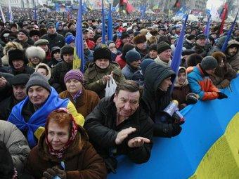 В Киеве 80 тысяч человек собрались на акцию протеста