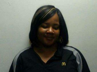 "В США сотрудница McDonald""s продавала героин в ""хэппи милах"""