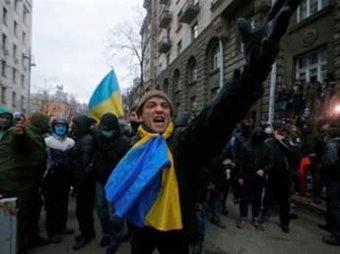 Премьер Украины шокировал заявлением, что в центре Киева протестуют террористы