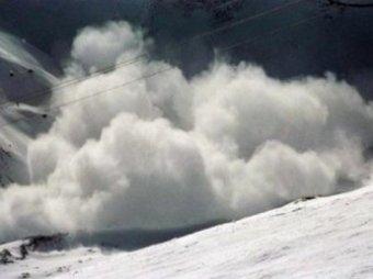 В Башкирии снежная лавина накрыла троих детей, один ребенок погиб