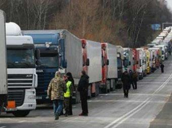 На Украине протестующие заблокировали пункты пропуска на границе с Польшей