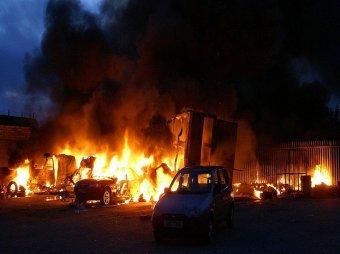 В Мурманске за ночь сожгли 19 маршруток
