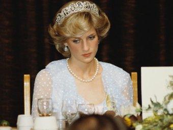 СМИ: принцесса Диана помогала прослушивать Чарльза