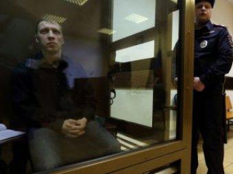 """Байкера, застрелившего """"ночного волка"""", освободили прямо в зале суда"""