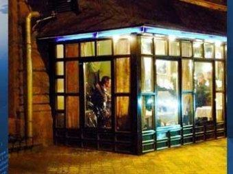 Неизвестный открыл стрельбу из автомата в центре Харькова: двое погибших