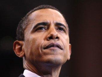 Обама поиграл в футбол с роботом