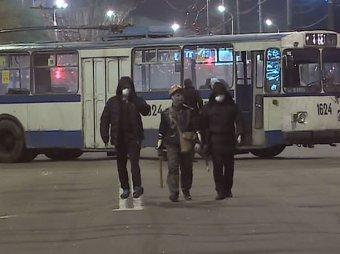 СМИ: олигарх Коломойский заплатит 500 000 гривен военчасти в Мариуполе за расстрел людей